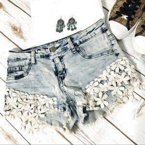 Angel Kiss acid Wash denim shorts Size 5